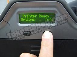 Tekan tombol INFO - cara tahu versi firmware Fargo HDP5000