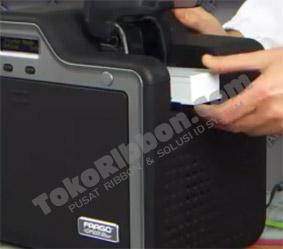 Meletakkan kartu pvc di Fargo- HDP5000
