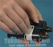 memasang-mengganti-melepas-ribbon-printer-kartu-evolis-pebble